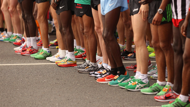 How to Buy the Best Athletic Shoes