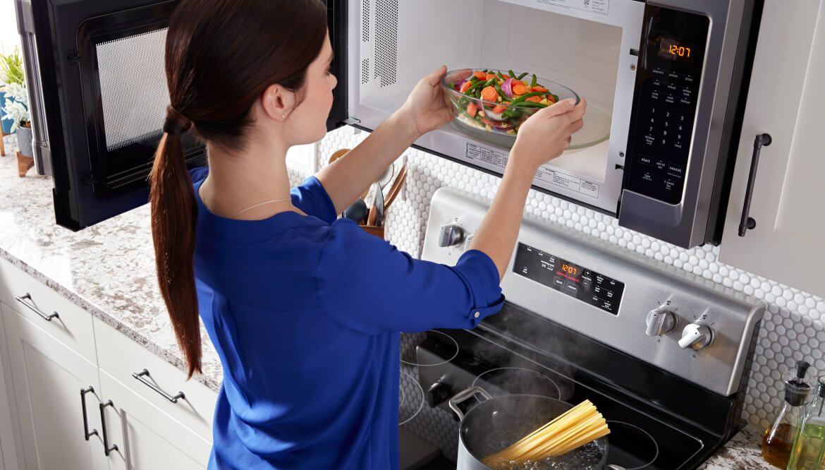 Does Eating Microwaved Foods Cause Cancer?